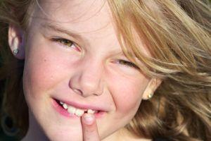 ¿Sabes qué diferencias hay entre la dentición temporal y la permanente?