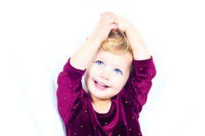 Cinco ideas para mantener la salud en las encías de los niños